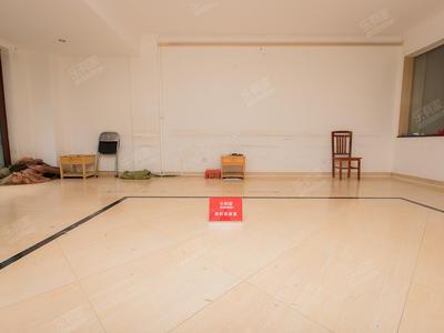 十二橡树三层复式,带地下室,可分租