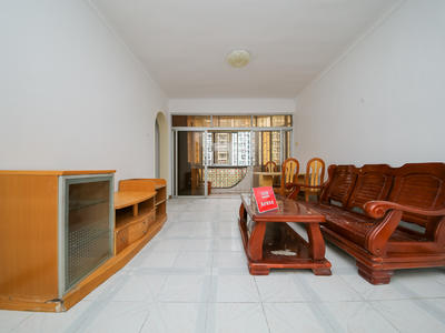 港莲一村三房,客厅出阳台,家私全齐,拎包入住