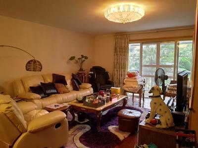 万科品质小区,精装修三房两厅,住家舒适