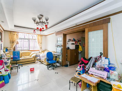 景鹏大厦大两房,西南向高楼层,业主诚心出售看房随时可约
