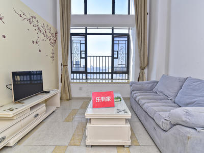 远洋新干线一期少有精装五房,业主诚心出售