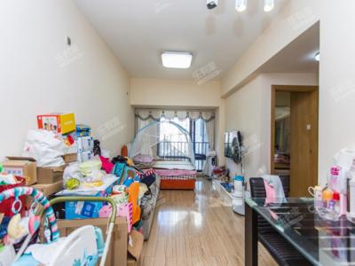 诺德的精装两房,房子性价比高,卧室出阳台的,看房提前预约
