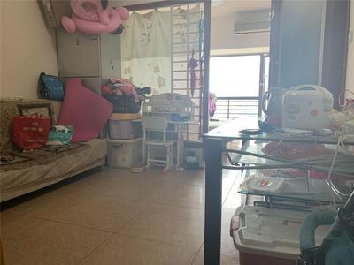 丽湾商务公寓精装两房出租