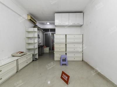 鹏盛村,普装一室,个人产权,满两年有欠款,未用