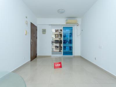 东门168,空置大两房出租
