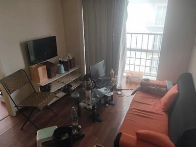 莲花山下地铁口物业精装2房