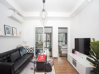 泛海城市广场精装两房公寓,诚心出租